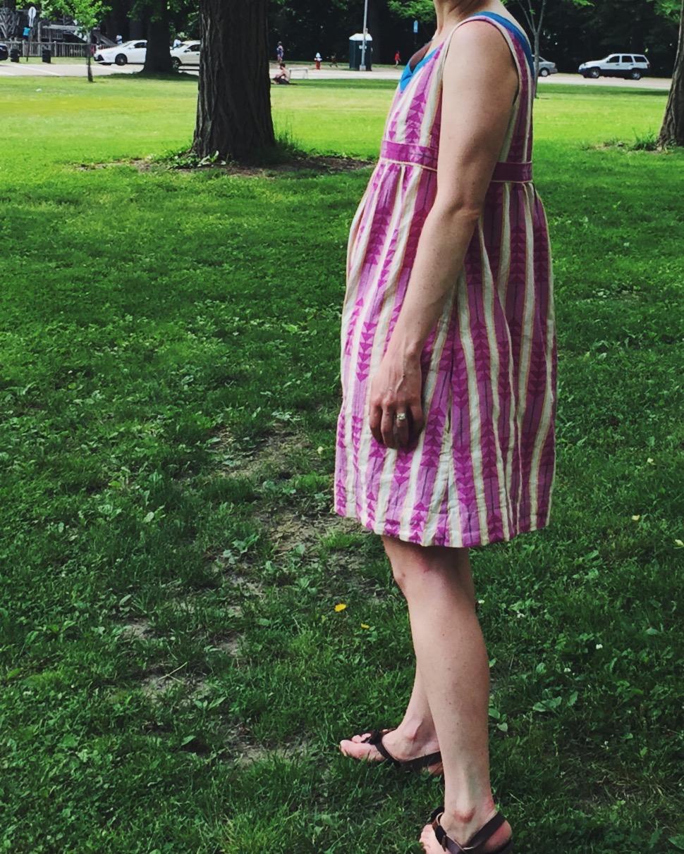 side_view_stylish_Dress_book