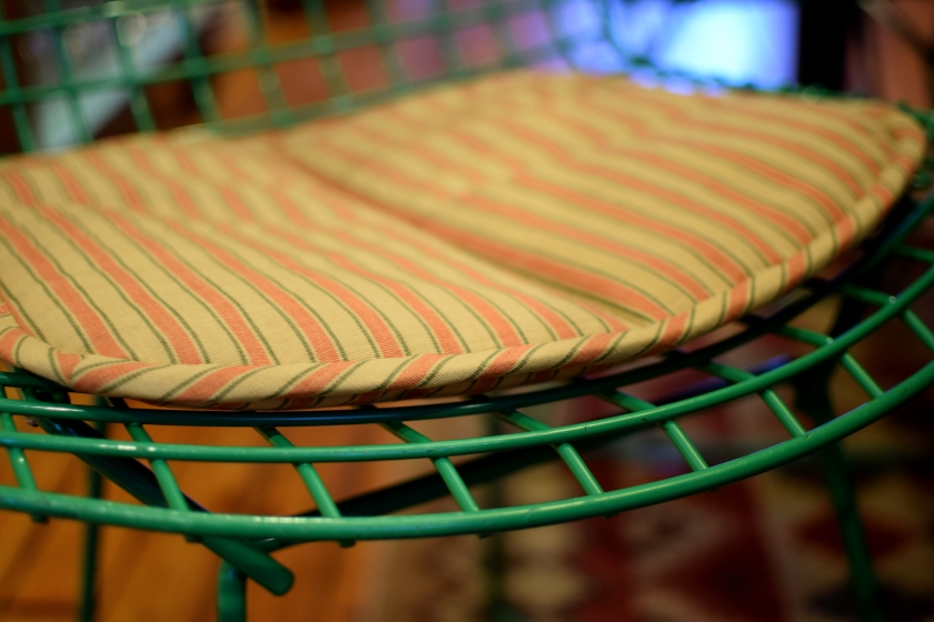bertoia_chair_cushion1.jpg